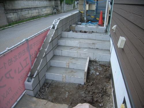 ポーチ階段